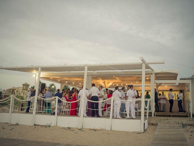 La boda de Roberto y Pina en Zahara De Los Atunes, Cádiz 56
