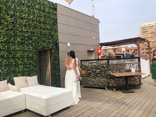 La boda de Paola  y Amanda  en La Pobla De Farnals, Valencia 14
