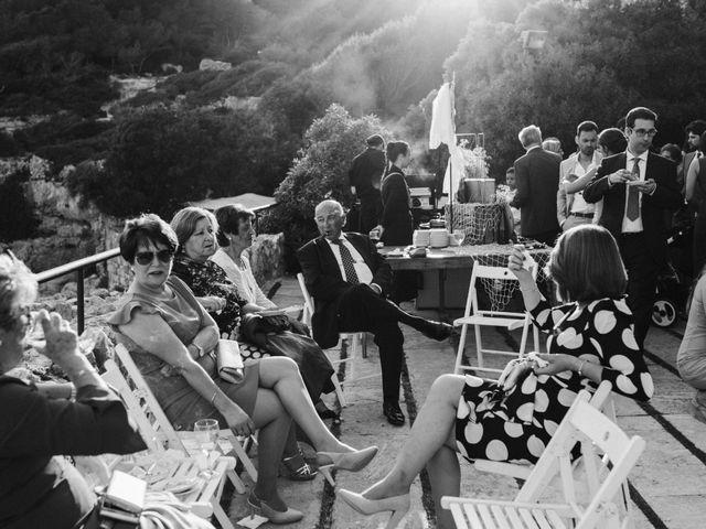La boda de Oriol y Isabel en Altafulla, Tarragona 34