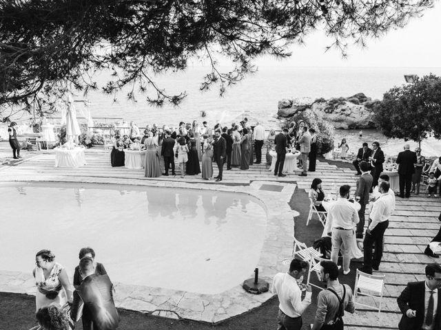 La boda de Oriol y Isabel en Altafulla, Tarragona 37