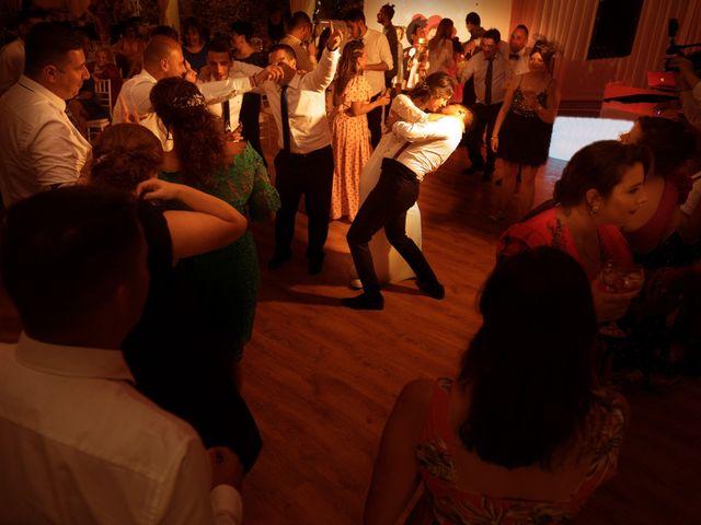 La boda de Adri y Fany en Viveiro (Casco Urbano), Lugo 16