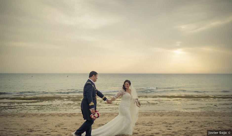 La boda de Roberto y Pina en Zahara De Los Atunes, Cádiz