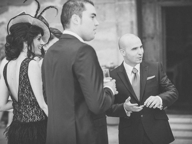 La boda de Enrique y Luisa en Navarrete, La Rioja 42