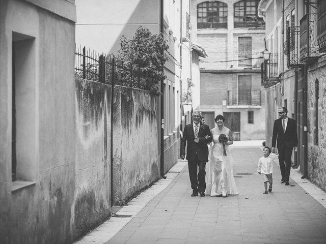 La boda de Enrique y Luisa en Navarrete, La Rioja 51
