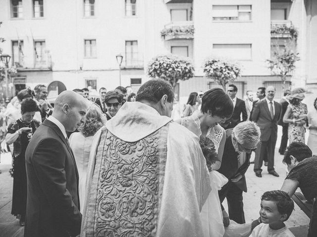 La boda de Enrique y Luisa en Navarrete, La Rioja 53