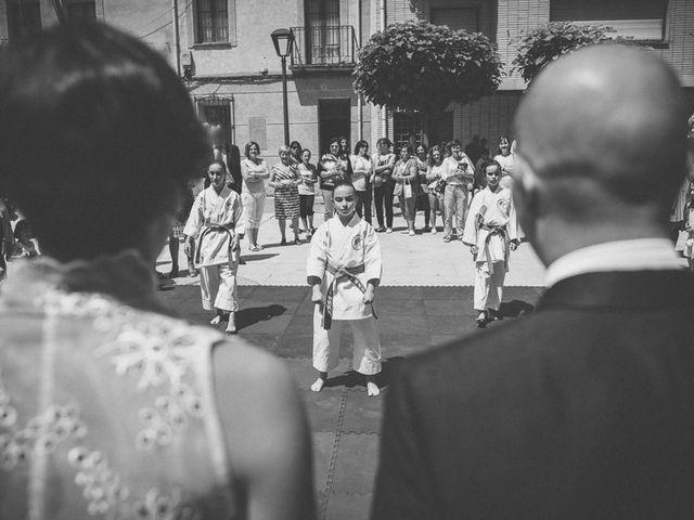 La boda de Enrique y Luisa en Navarrete, La Rioja 79