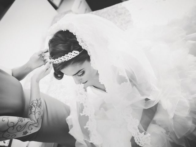 La boda de Javi y Laia en Terrassa, Barcelona 43