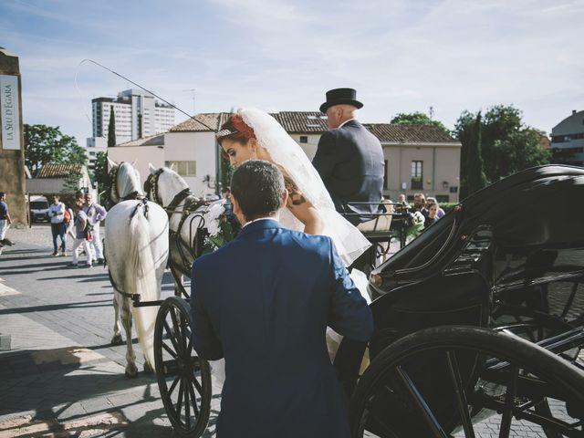La boda de Javi y Laia en Terrassa, Barcelona 65