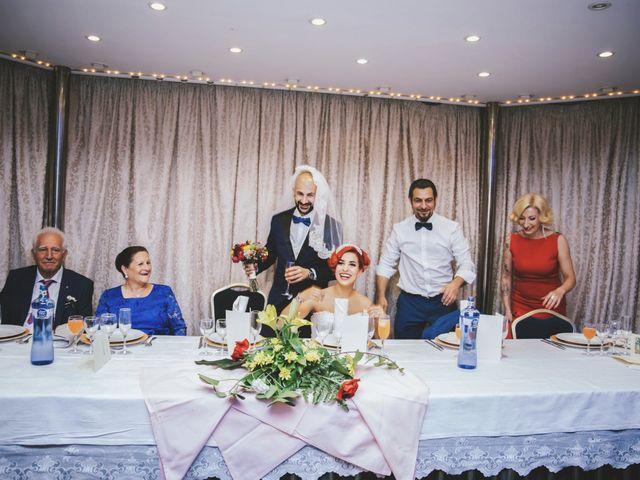 La boda de Javi y Laia en Terrassa, Barcelona 104