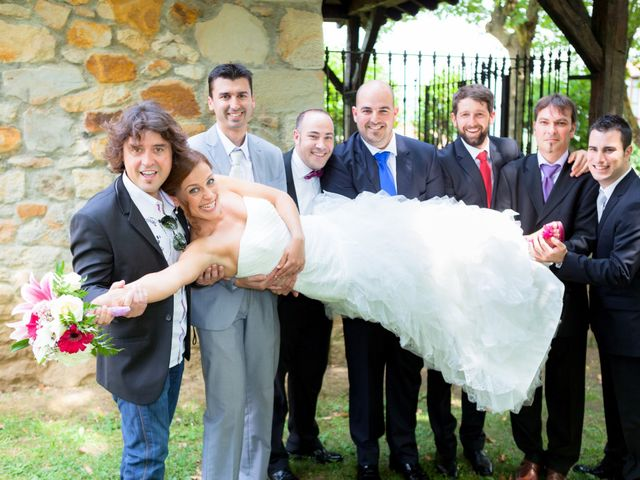 La boda de Arkaitz y Beatriz en Loiu, Vizcaya 29