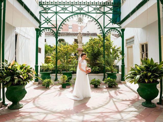 La boda de Jorge y Carmen en Priego De Cordoba, Córdoba 14