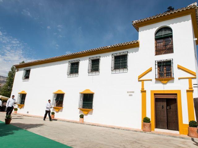 La boda de Jorge y Carmen en Priego De Cordoba, Córdoba 23