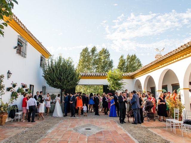 La boda de Jorge y Carmen en Priego De Cordoba, Córdoba 29
