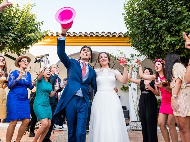 La boda de Jorge y Carmen en Priego De Cordoba, Córdoba 37