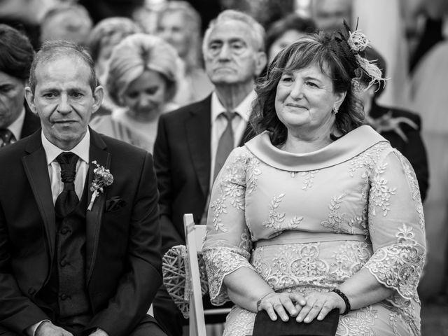 La boda de Suso y Laura en Ordes (Ordes), A Coruña 22