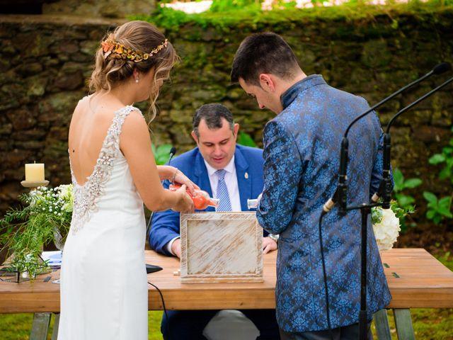 La boda de Suso y Laura en Ordes (Ordes), A Coruña 25