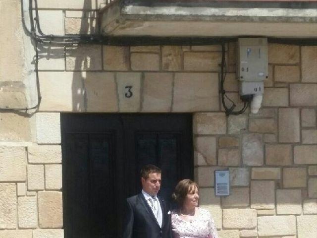 La boda de  Alberto y Raquel en Regumiel De La Sierra, Burgos 3