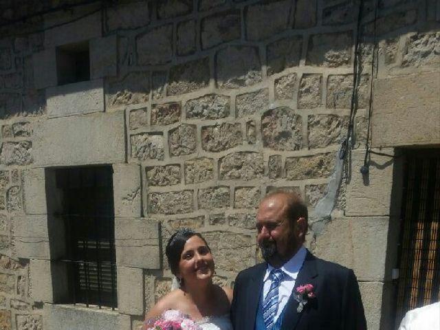 La boda de  Alberto y Raquel en Regumiel De La Sierra, Burgos 7