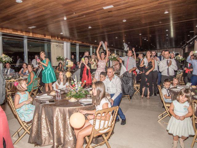 La boda de Sergio y Estefania en Quintanilla De Onesimo, Valladolid 42