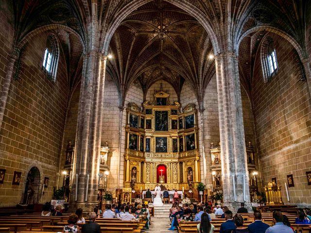 La boda de Pedro y Noelia en Santa Amalia, Badajoz 20