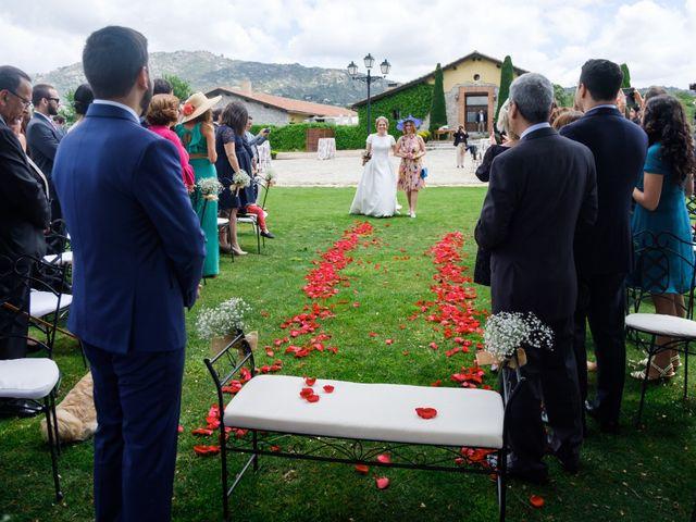 La boda de Javier y Clara en Collado Villalba, Madrid 41