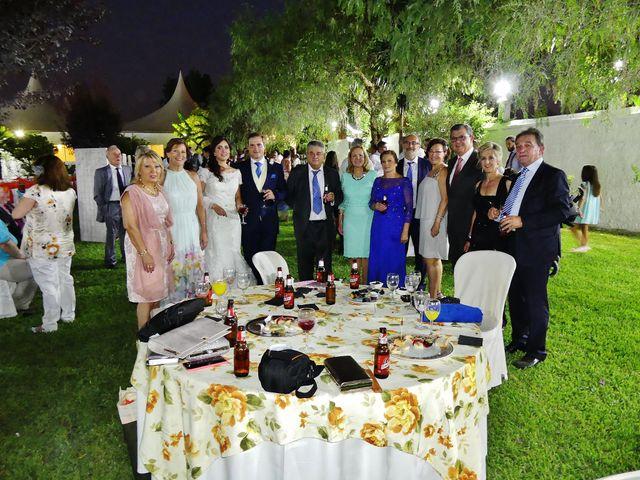La boda de Beatriz y Javier en Sevilla, Sevilla 4