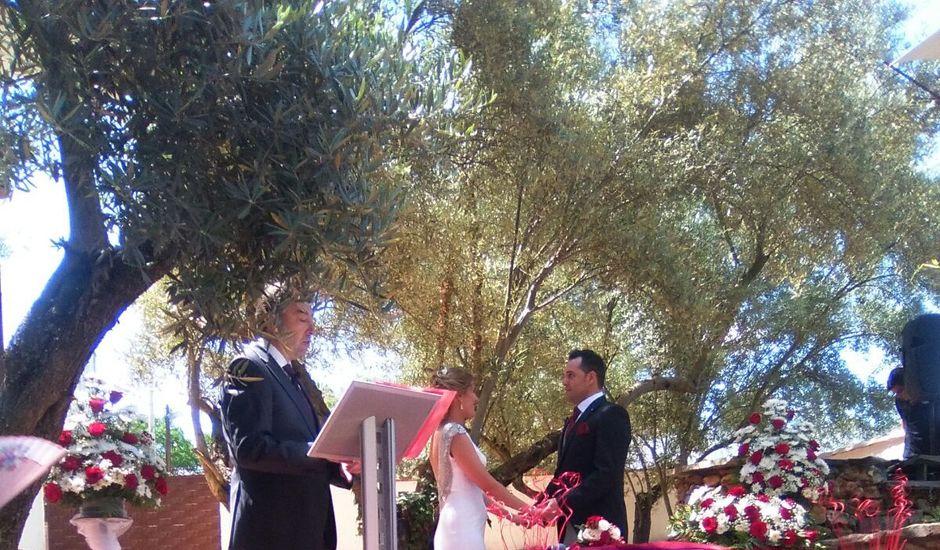 La boda de Juan José  y Laura en Navas De San Juan, Jaén