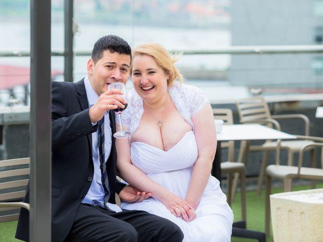 La boda de Sergio y Amber en Santurtzi, Vizcaya 19