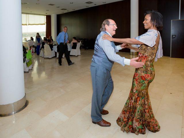 La boda de Sergio y Amber en Santurtzi, Vizcaya 27