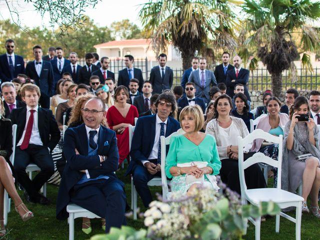 La boda de Sixto y Susana en Linares De Riofrio, Salamanca 8