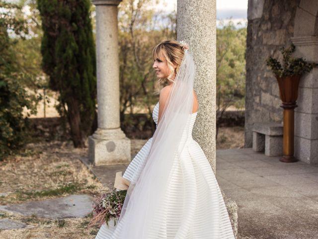 La boda de Sixto y Susana en Linares De Riofrio, Salamanca 19