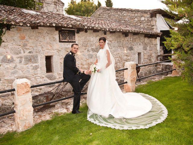 La boda de Jairo y Rebeca  en Villanubla, Valladolid 22