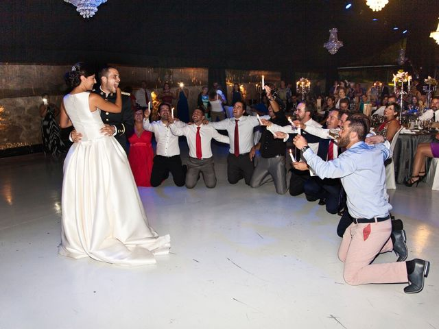 La boda de Jairo y Rebeca  en Villanubla, Valladolid 39