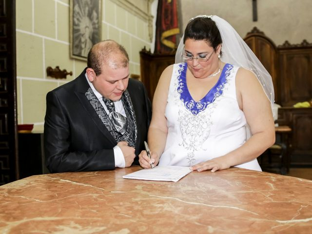 La boda de VICTOR y REBECA en Callosa De Segura, Alicante 19
