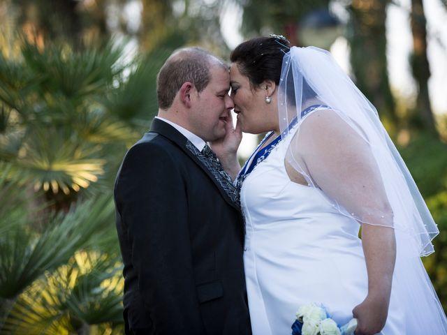 La boda de VICTOR y REBECA en Callosa De Segura, Alicante 42