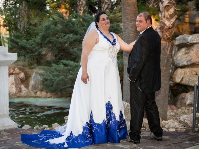 La boda de VICTOR y REBECA en Callosa De Segura, Alicante 75