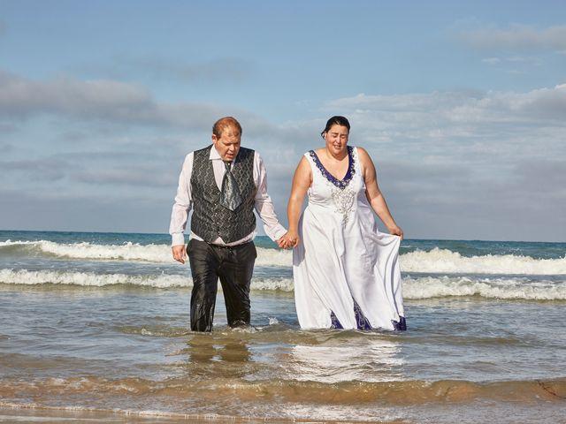 La boda de VICTOR y REBECA en Callosa De Segura, Alicante 137