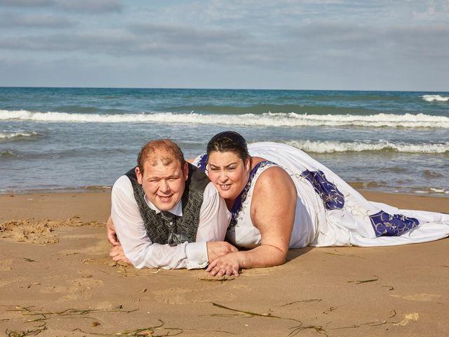 La boda de VICTOR y REBECA en Callosa De Segura, Alicante 142