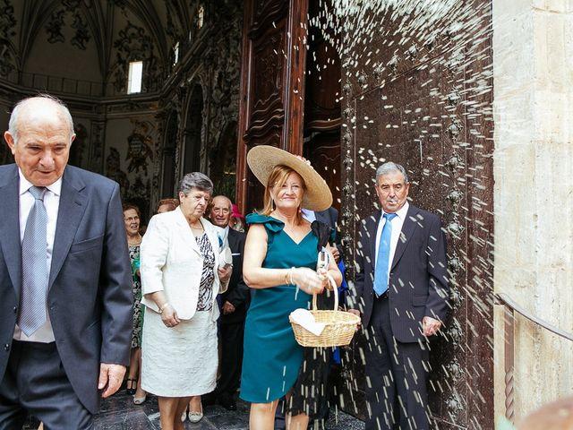 La boda de Aquilino y Pauline en El Puig, Barcelona 25