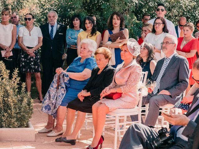 La boda de Alejandro y Diana en Piedrabuena, Ciudad Real 81