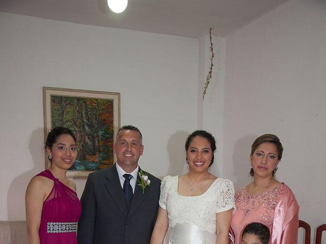 La boda de HUGO y ERIKA  en Cuenca, Cuenca 4