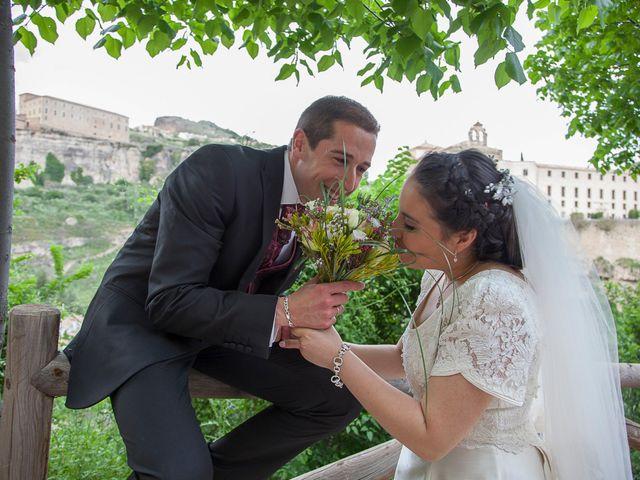 La boda de HUGO y ERIKA  en Cuenca, Cuenca 9