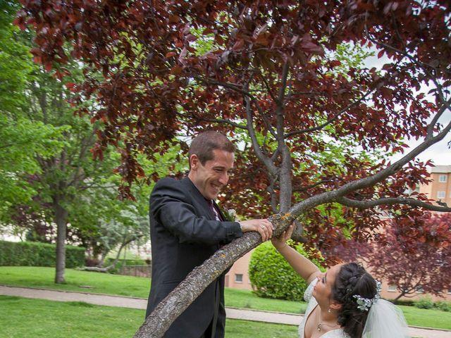 La boda de HUGO y ERIKA  en Cuenca, Cuenca 12