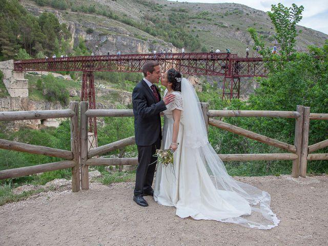 La boda de HUGO y ERIKA  en Cuenca, Cuenca 27