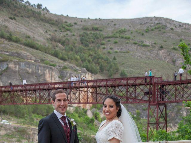 La boda de HUGO y ERIKA  en Cuenca, Cuenca 28