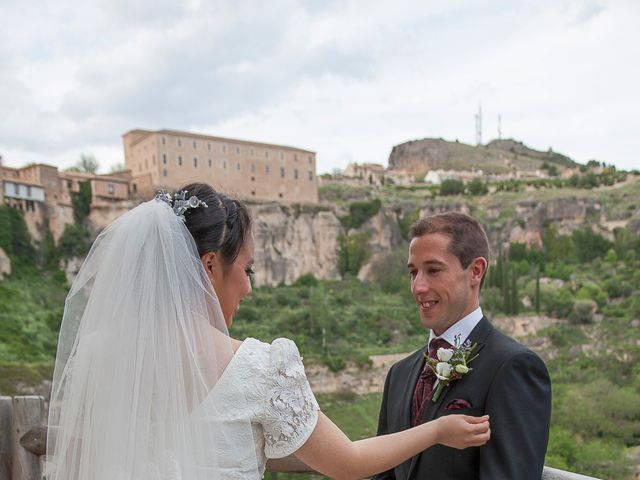 La boda de HUGO y ERIKA  en Cuenca, Cuenca 29