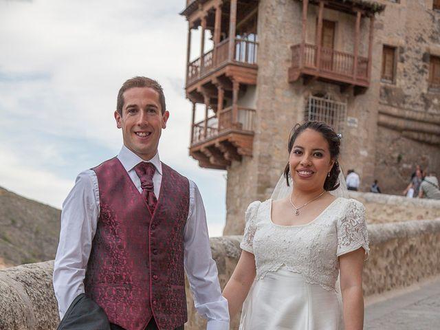 La boda de HUGO y ERIKA  en Cuenca, Cuenca 32