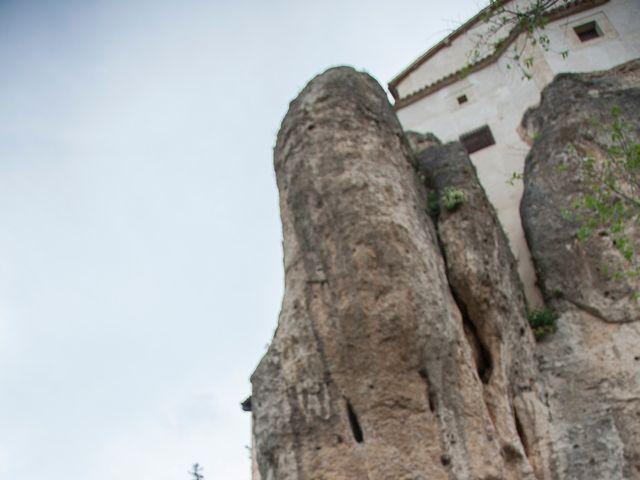 La boda de HUGO y ERIKA  en Cuenca, Cuenca 34