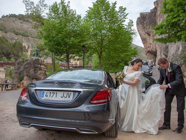 La boda de HUGO y ERIKA  en Cuenca, Cuenca 35