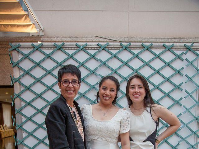 La boda de HUGO y ERIKA  en Cuenca, Cuenca 40